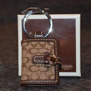 authentic coach signature beige photo keychain